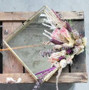 Flower tray/mirror