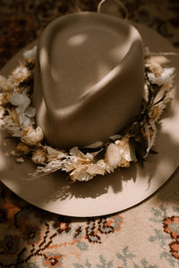 Flower wreath for your hat!